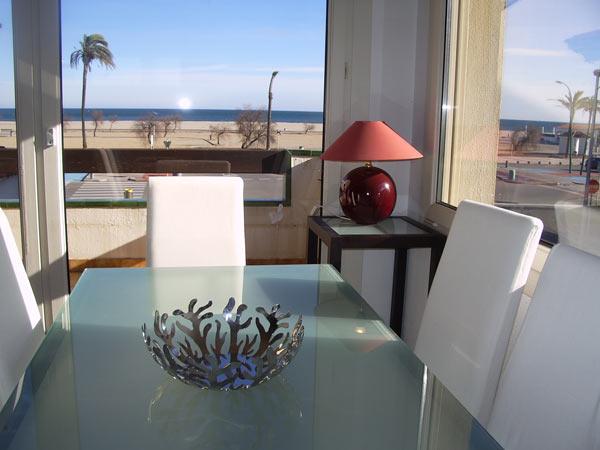 immo hoffmann s l u gepflegte ferienwohnung in ampuriabrava spanien mit garage am strand zu. Black Bedroom Furniture Sets. Home Design Ideas
